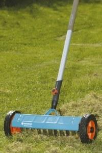 Gardena 3395-20 cs-Vertikutier-Boy, 32 cm breit